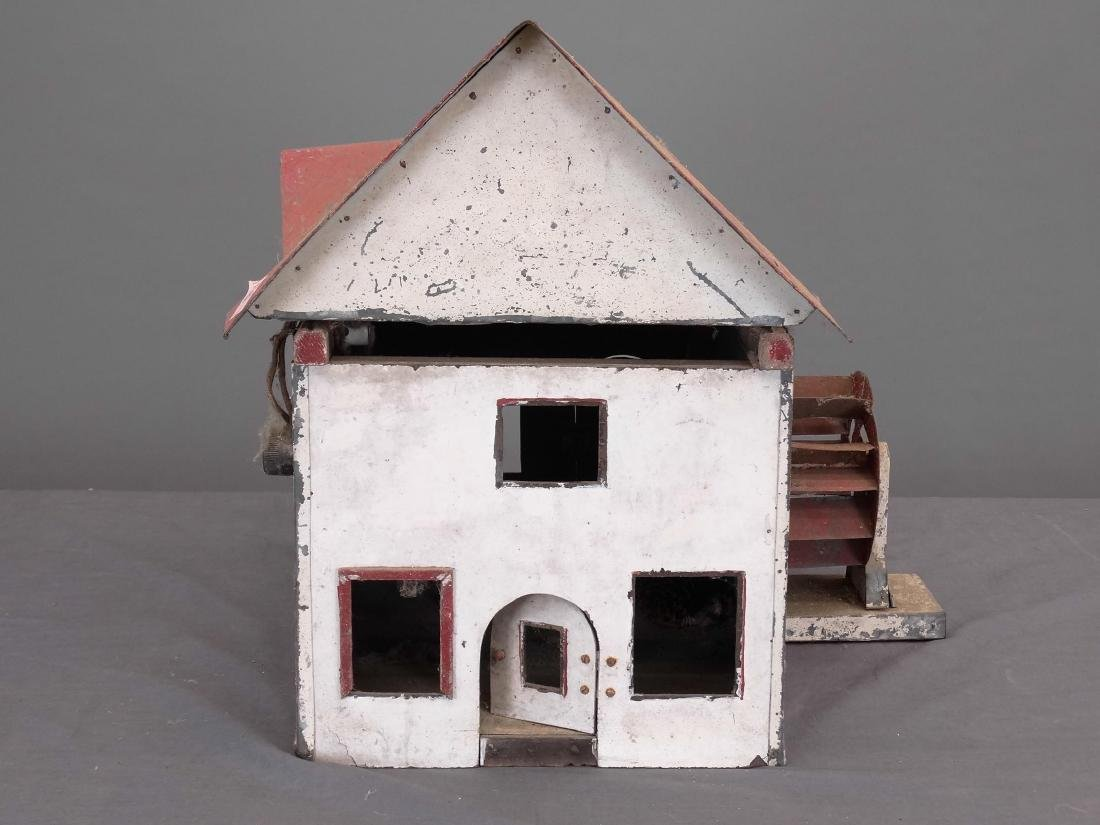 Squirrel House - 3