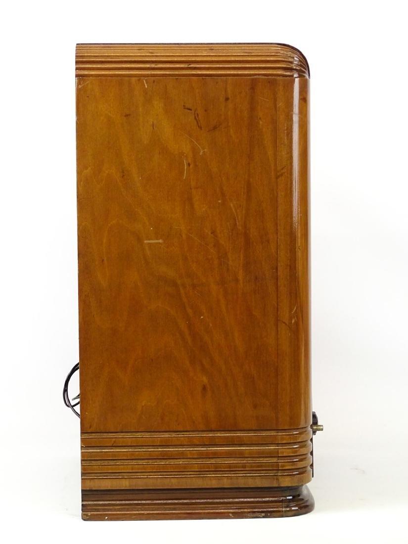 Vintage Radio - 3