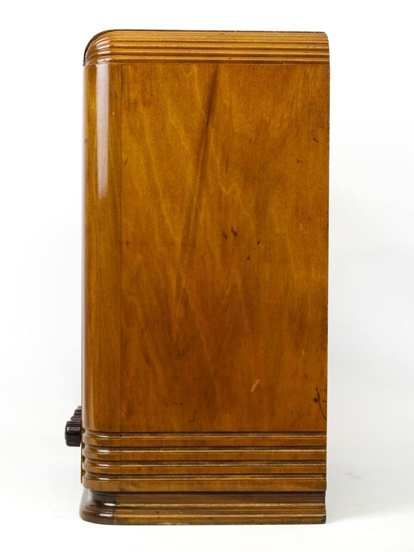 Vintage Radio - 5