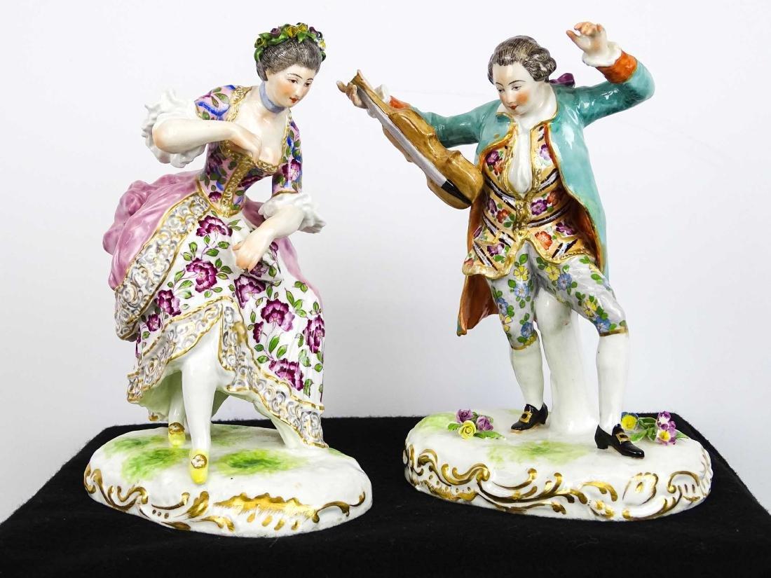 Figurines - 2