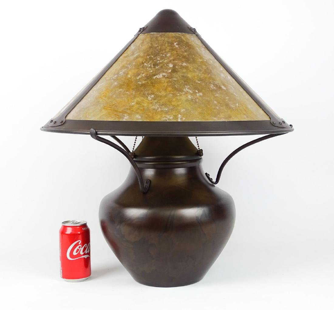 Arts & Crafts Style Lamp