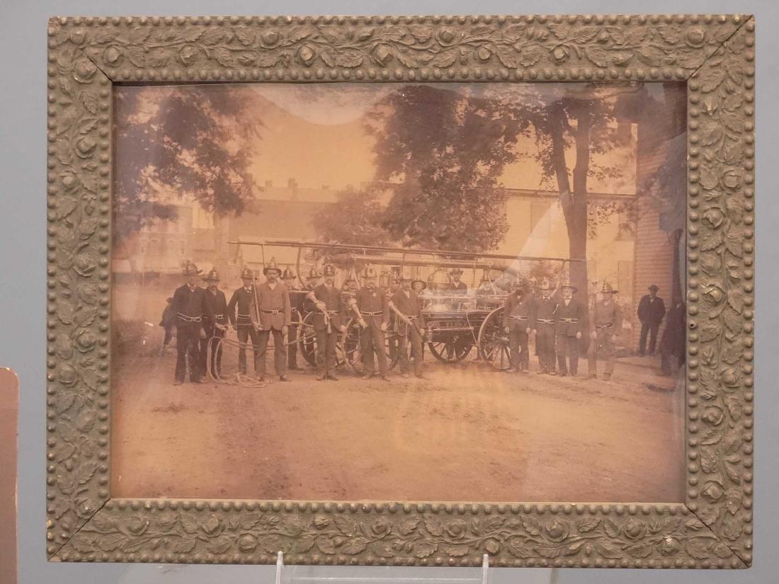 Photograph Lot - 5