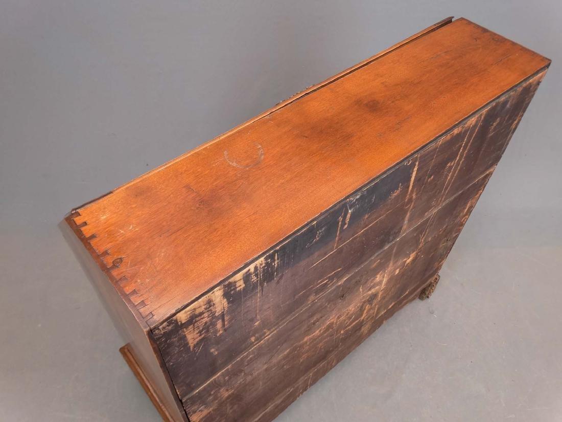 C. 1800 Chippendale Slant Lid Desk - 4