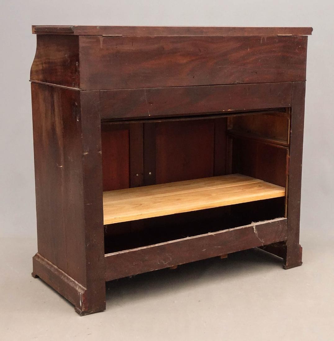 19th c. Desk - 8