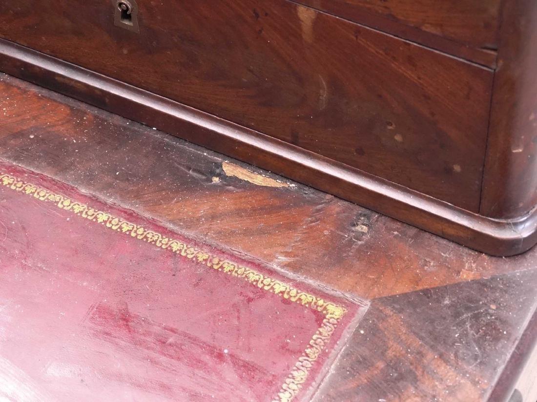 19th c. Desk - 7