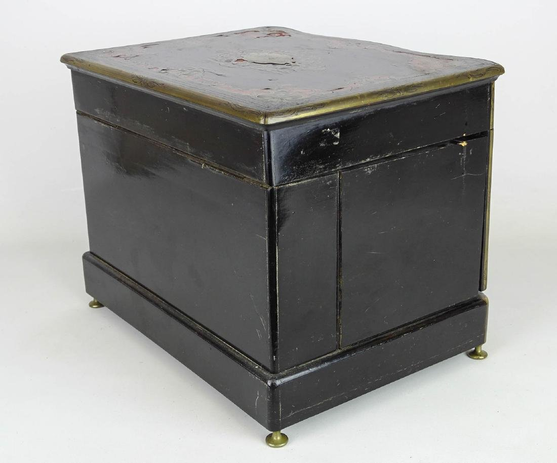 19th c. French Liquor Cabinet - 5