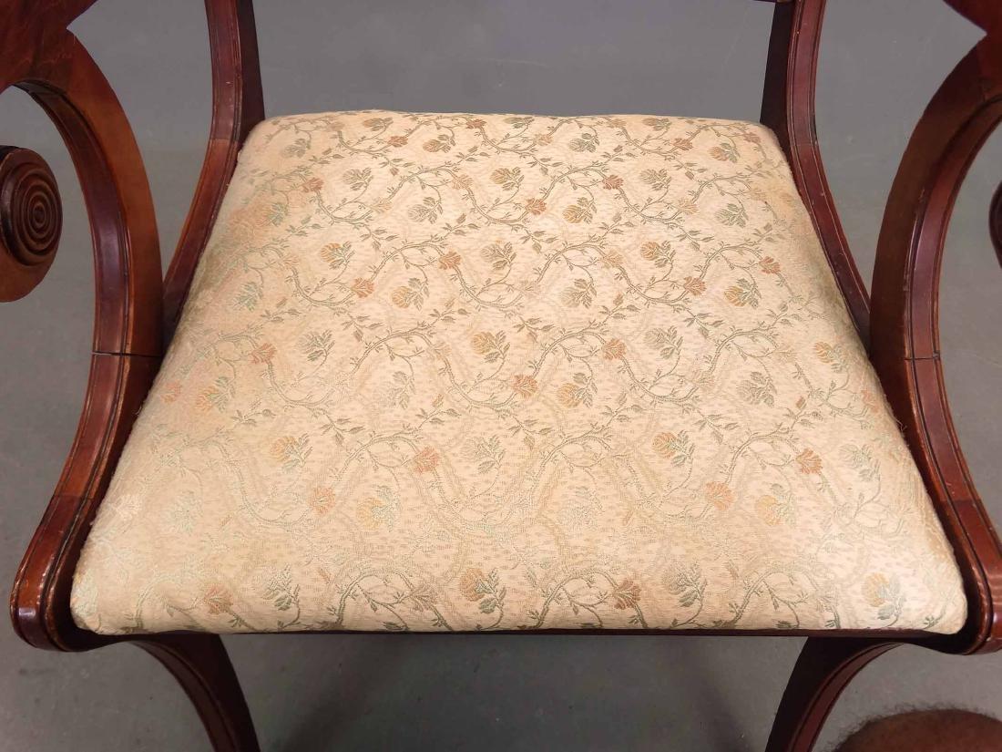 Classical Style Armchair - 4
