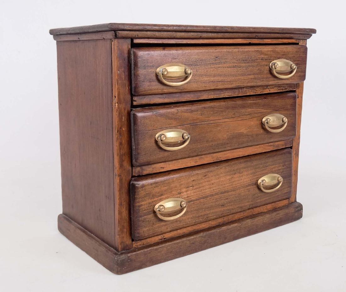 Early Doll's Dresser - 2