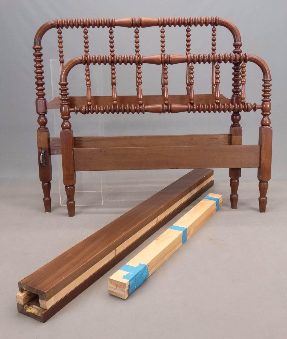 Victorian Spindle Bed