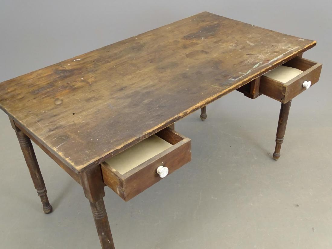 19th c. Desk - 3