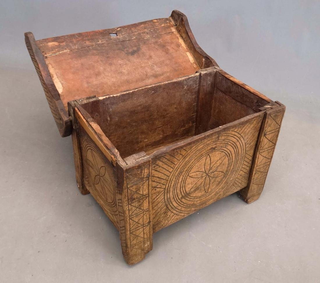 19th c. Carved Trunk - 3