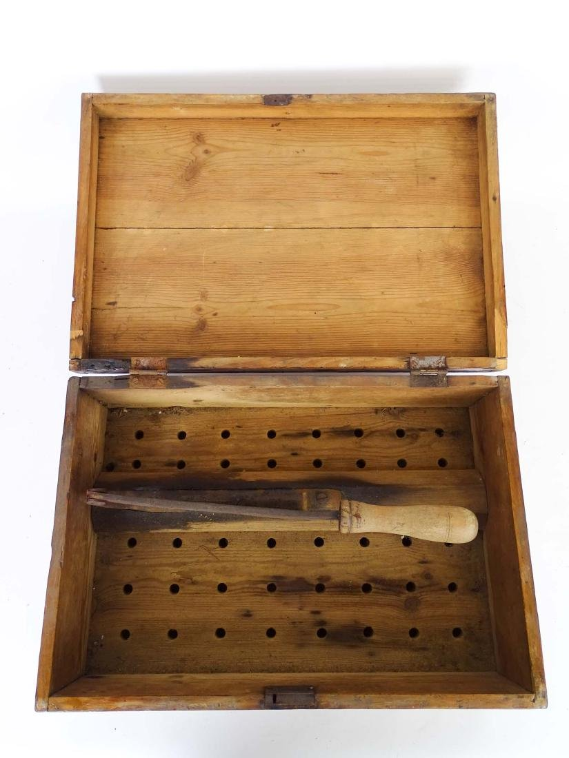 19th c. Cigar Cutting Box - 7
