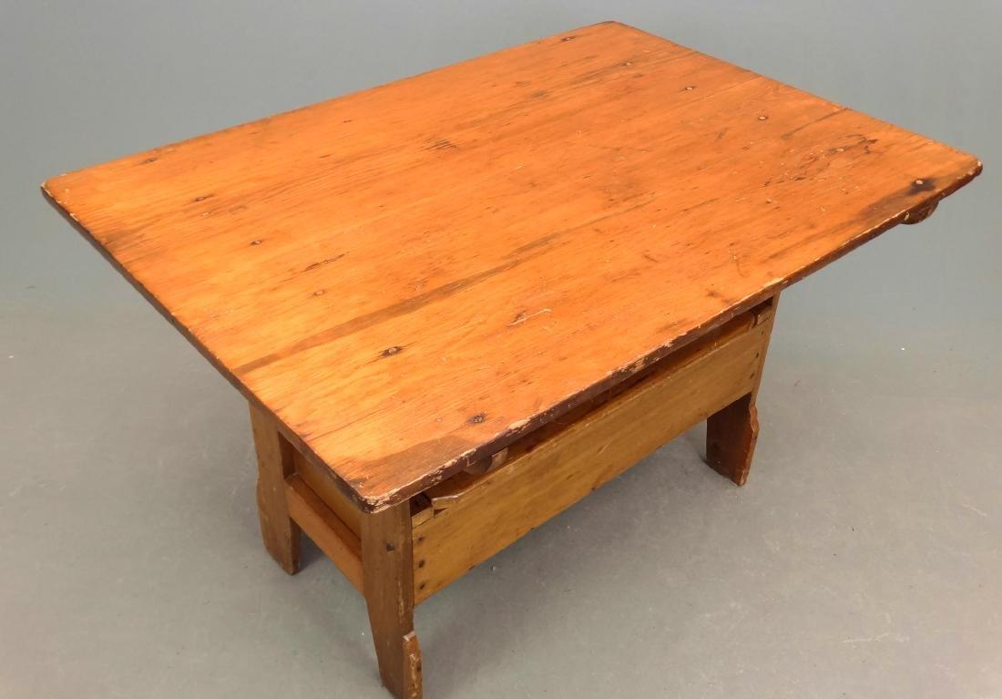 Hutch Table - 3