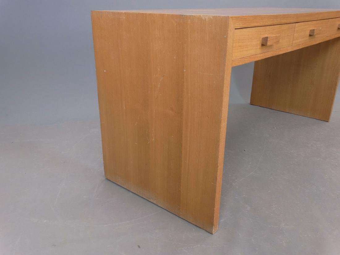 Modern Design Desk - 3