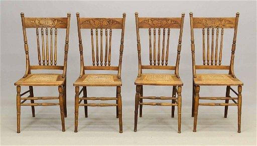 Set Of (4) Oak Kitchen Chairs
