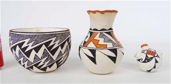 Native American Acoma Pueblo Pottery Lot