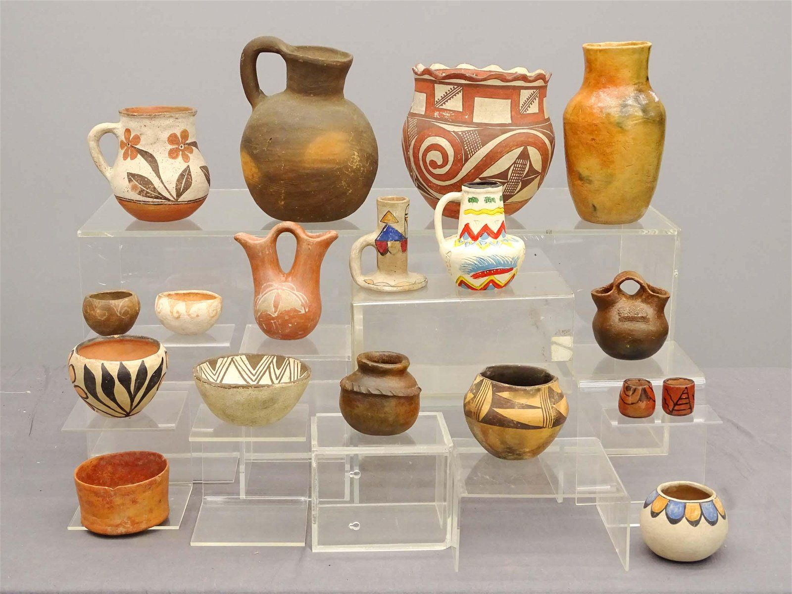 Southwest & Mexican Pottery Lot