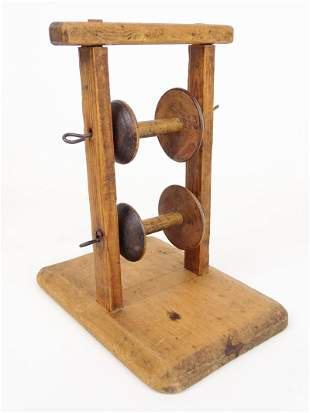 Early Spool Stand