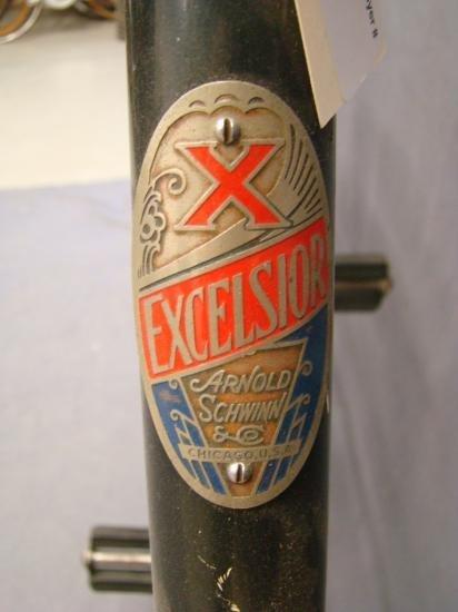 C. 1930  Schwinn Excelsior Balloon Bicycle - 9