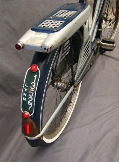 C. 1950 J.C. Higgins Balloon Bicycle - 8