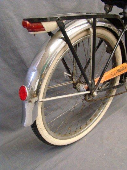 14: c. 1950 Schwinn Phantom Bicycle - 2
