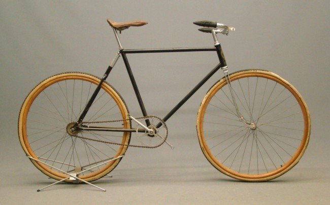 71: Pierce Cushion Frame Pneumatic Safety Bicycle