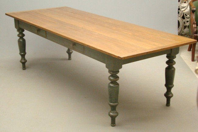 9: Benchmade Farm Table