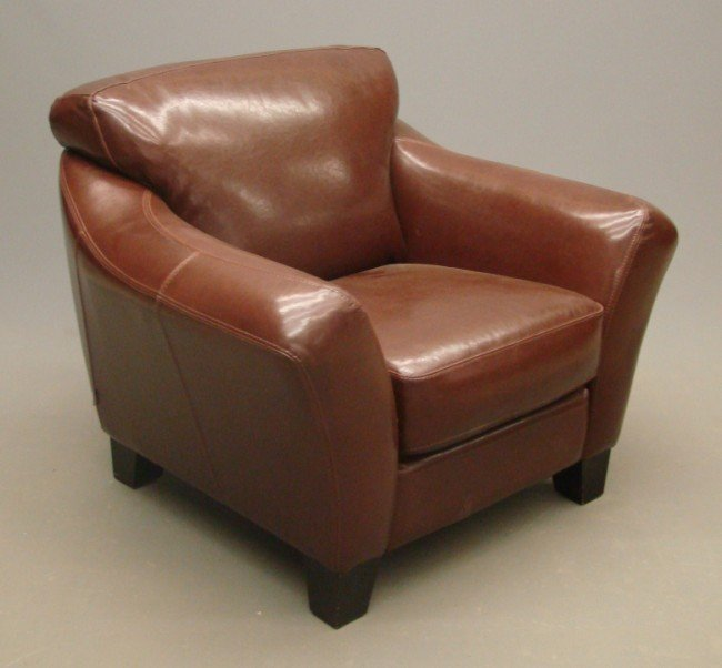 15: Leather Club Chair