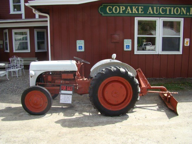 1: 1946 FORD 9N Tractor