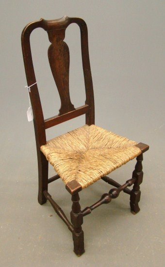 17: 18th c. Queen Anne Chair