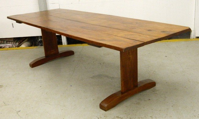 15: Trestle Table