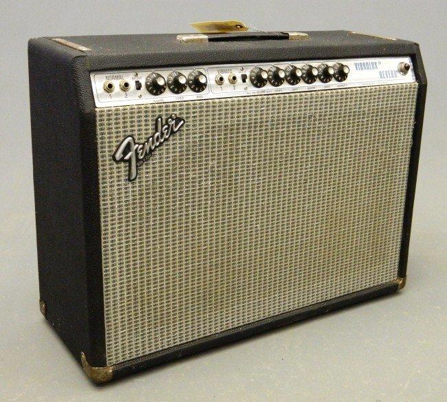 15: Fender Vibrolux Reverb Amplifier