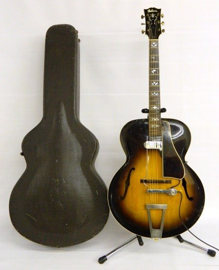 22: Gibson L7 Arched Top Guitar