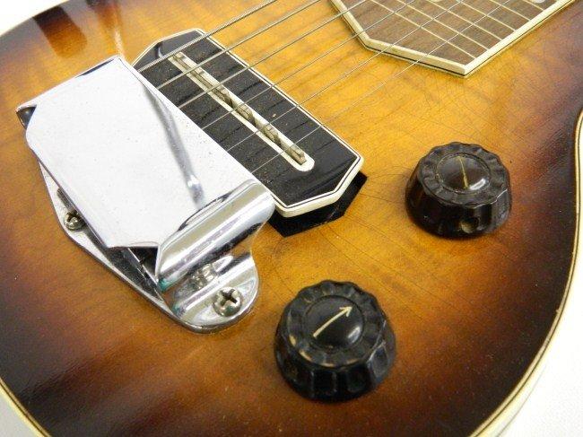 25: Gibson Lap Steel Guitar - 3