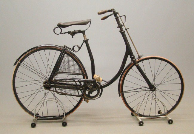 13: Gormully & Jeffery Rambler Bicycle