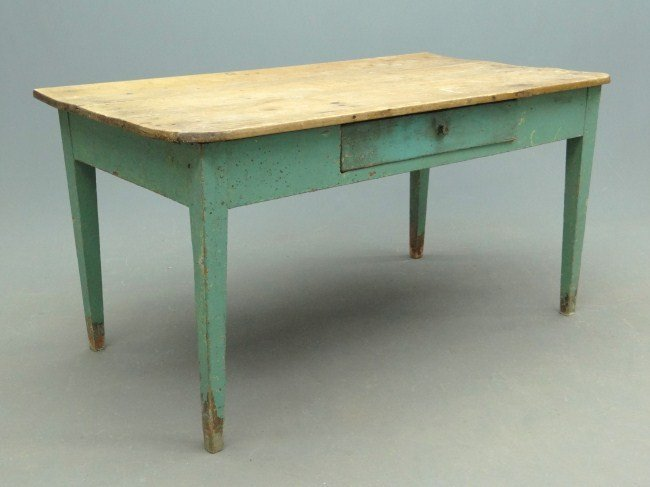 23: 19th c. Farm Table