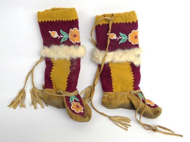 23: Pair Northwest Coast Boots