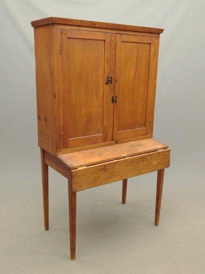 20: Primitive Desk