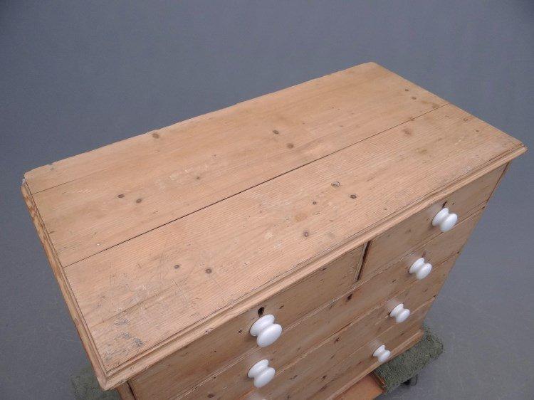 Scrubbed Pine Chest Of Drawers - 2