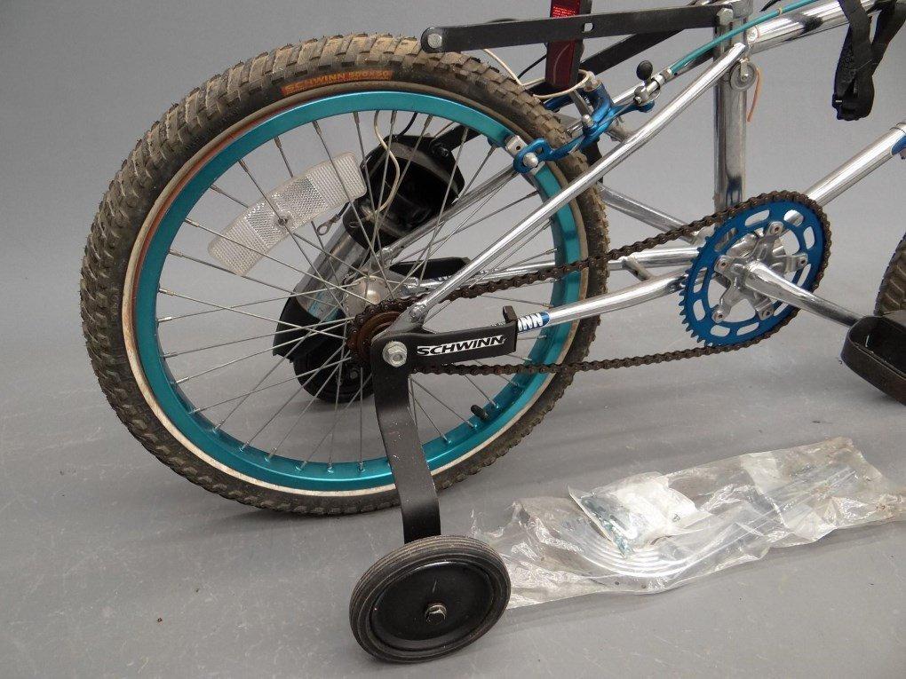 Schwinn Sting BMX Bicycle - 9