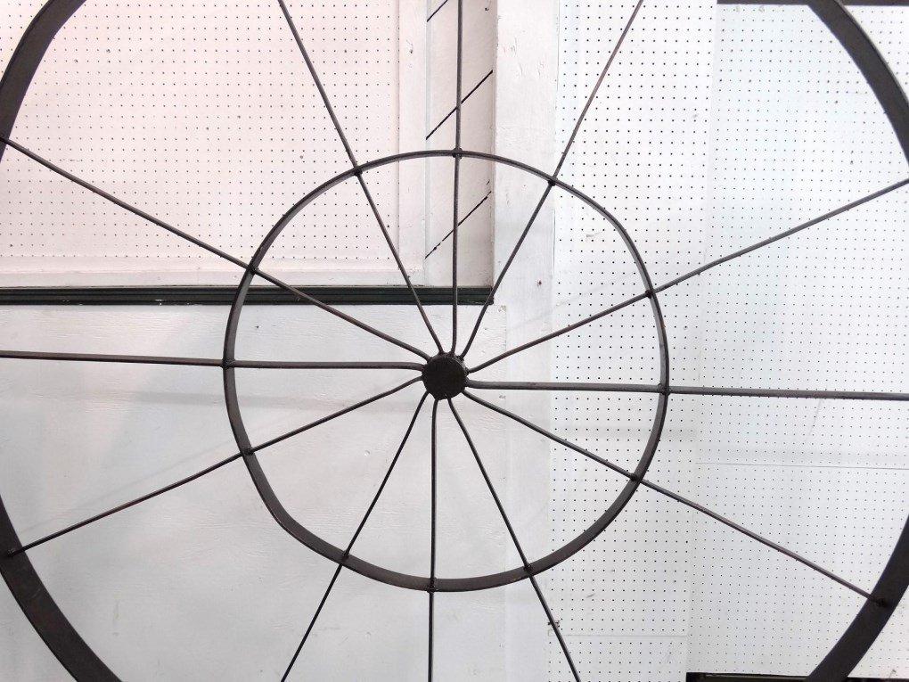 Decorative Metal Bed - 4