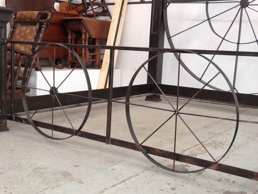 Decorative Metal Bed - 6