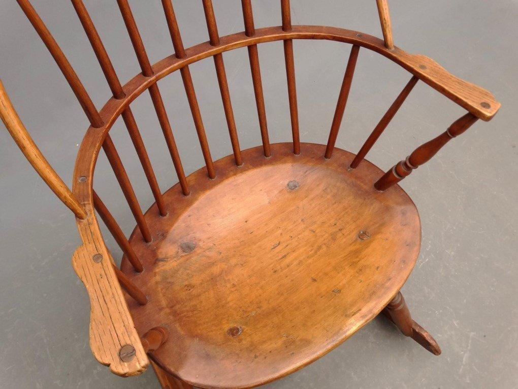 19th c. Windsor Rocking Chair - 3