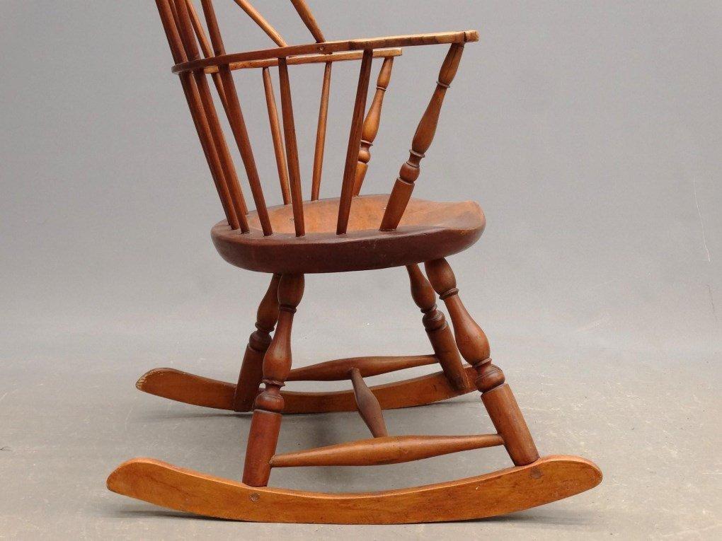 19th c. Windsor Rocking Chair - 4