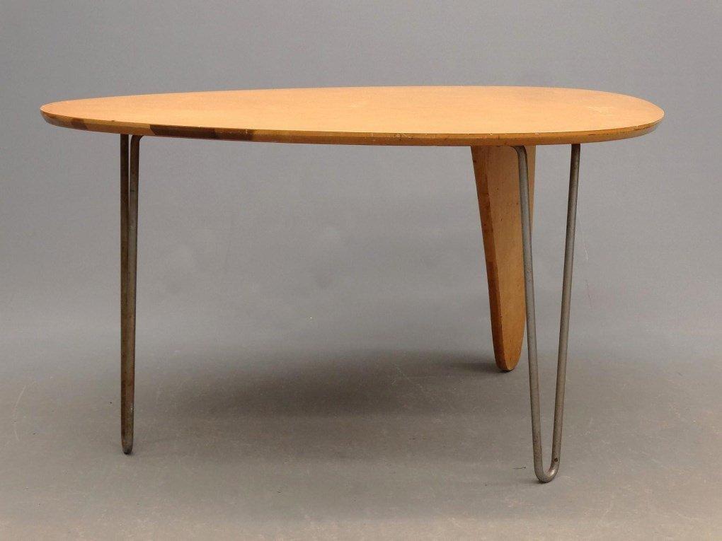 """Isamu Noguchi """"Rudder"""" Table"""