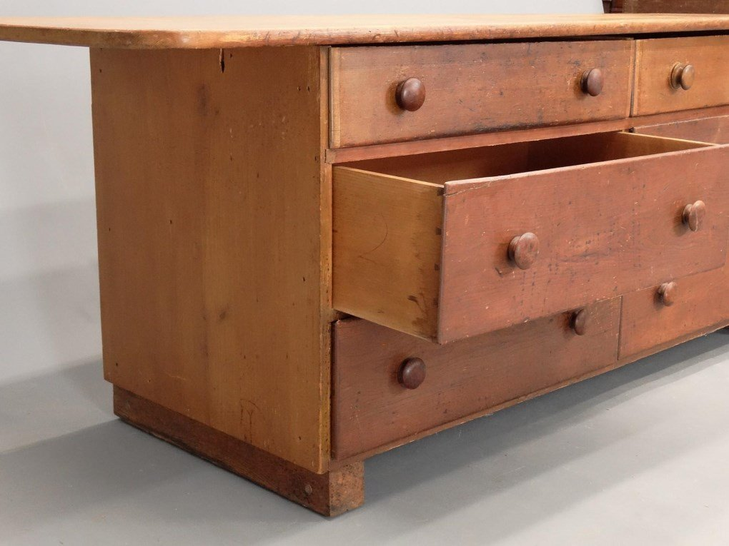 19th c. Shaker Tailoring Counter - 4