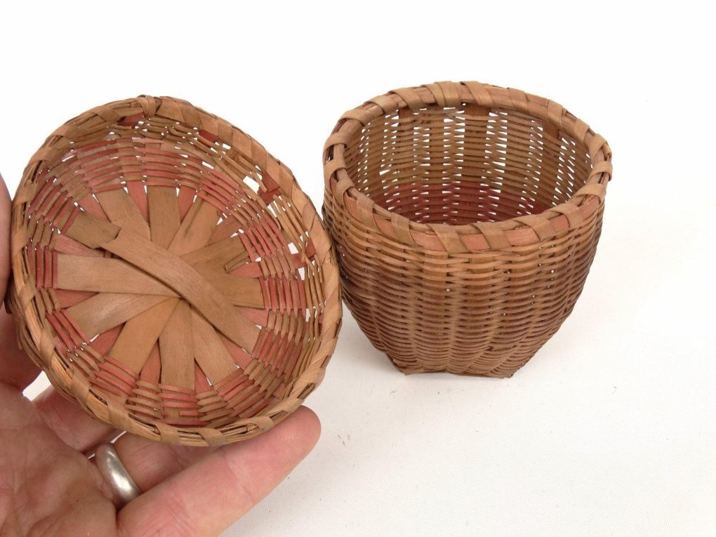 19th c. Shaker Baskets - 4