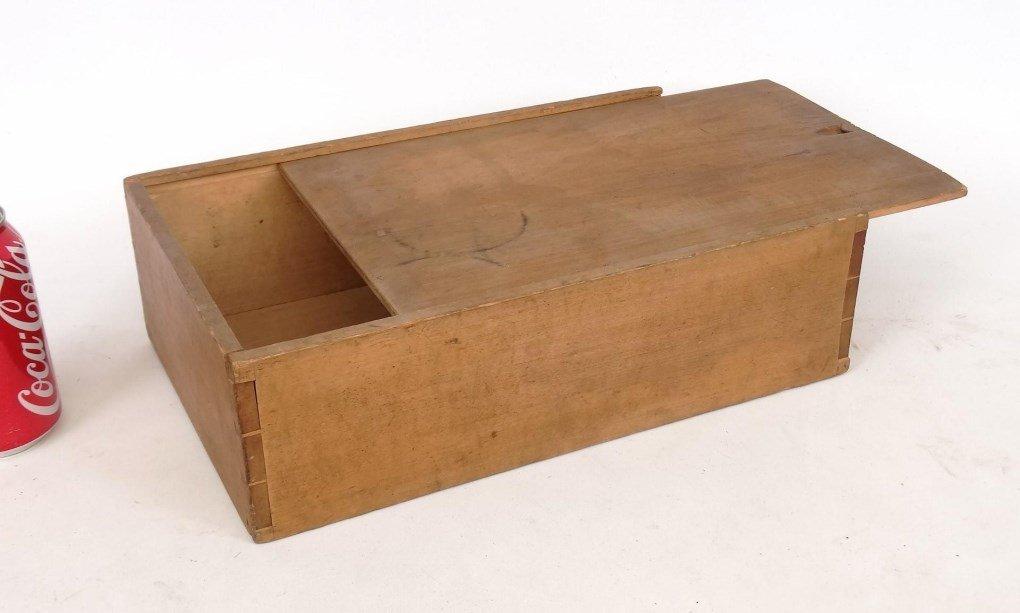 19th c. Shaker Slide Lid Box