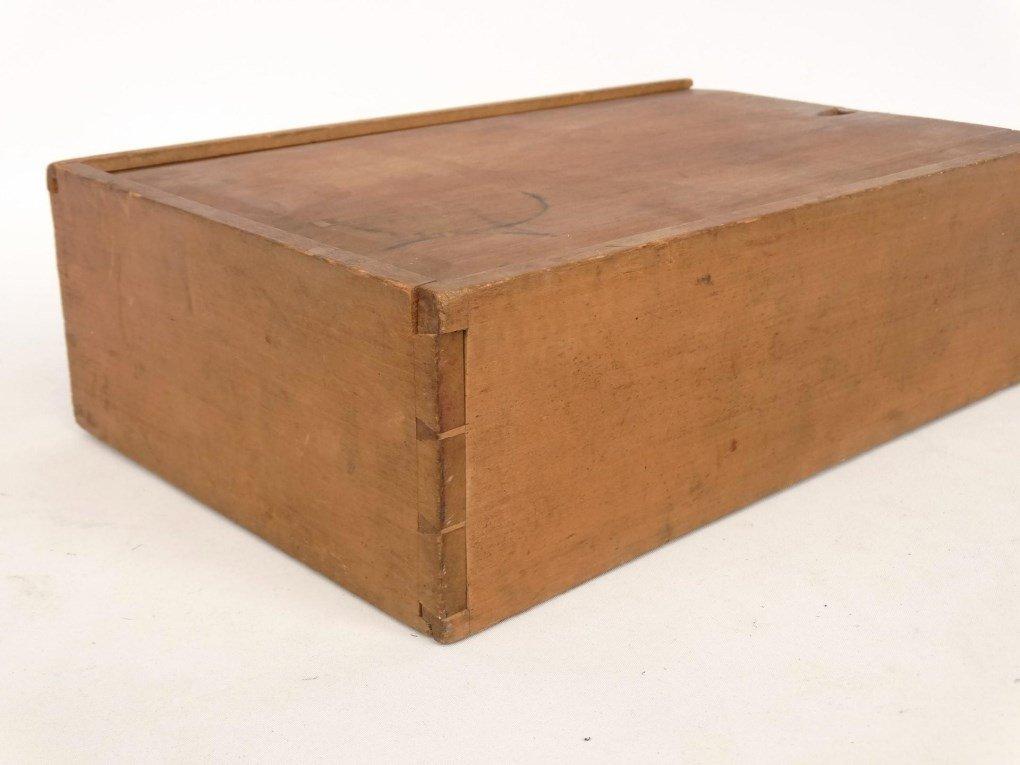 19th c. Shaker Slide Lid Box - 3