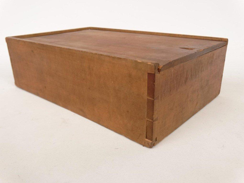 19th c. Shaker Slide Lid Box - 5